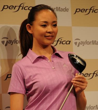ゴルフが好きなモデルのshiho