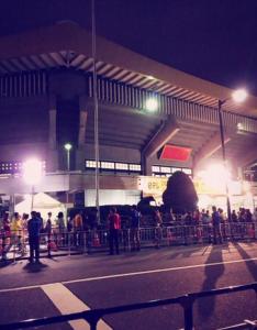 DAIGOのゴールを武道館で待つ人々