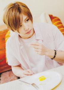 女子力男子の芸能人、山田涼介はカフェめぐりが好き