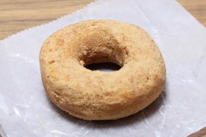 ドーナツ人気ランキング1位のセブン-イレブン豆乳入りきなこドーナツ