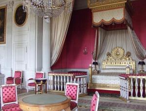 姫系ファッションの原点はベルサイユ宮殿にあった