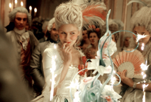 姫系ファッションの火付け役になった映画「マリー・アントワネット」