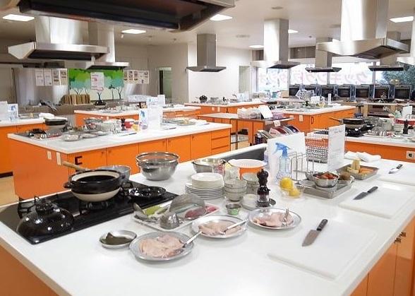 外国人が教える家庭料理教室 Tadaku (タダク)