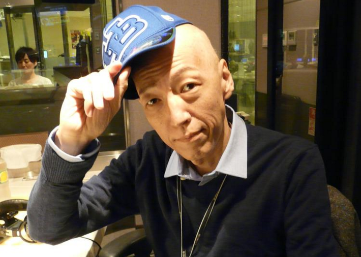 竹田圭吾はカツラを使ってることを公言している