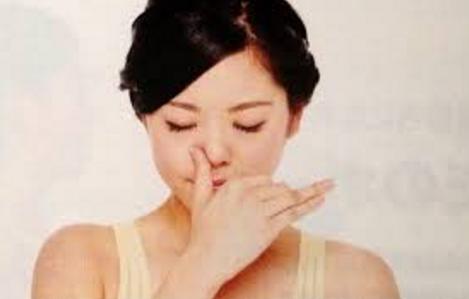 でかい鼻を小さくする片鼻呼吸法