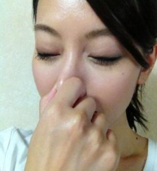 でかい鼻を小さくするマッサージ-2