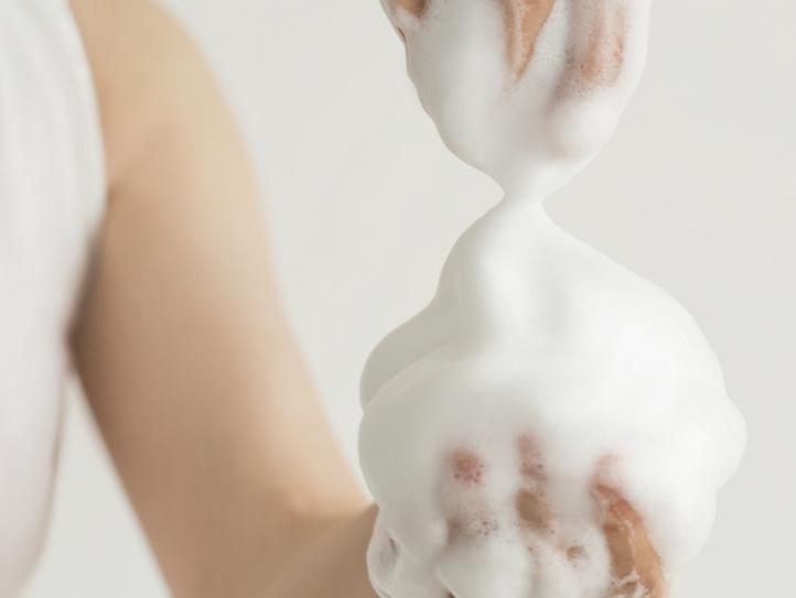 生まれつきのシミを消す洗顔方法