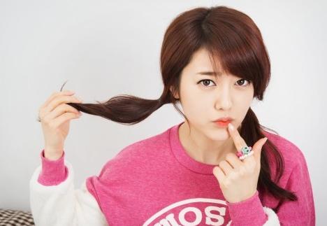 女性が長い髪をバッサリ切る心理