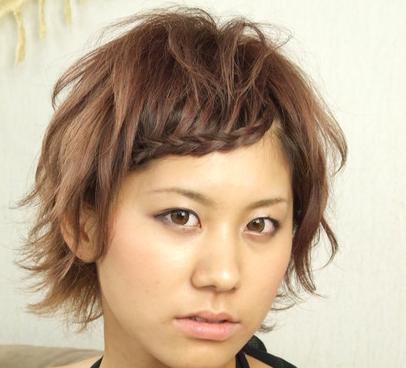 編みこショートの髪型